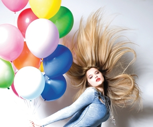 balloons, sky ferreira, and blonde image