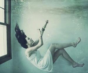 alternative, underwater, and woman image