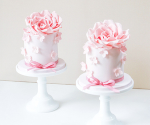 cake, cupcakes, and delicious image