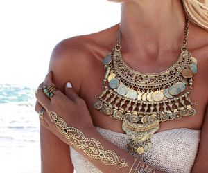 necklace, beach, and gold image