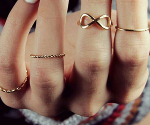 accesories, girly, and gold image