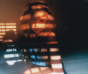 girl, hair, and light image