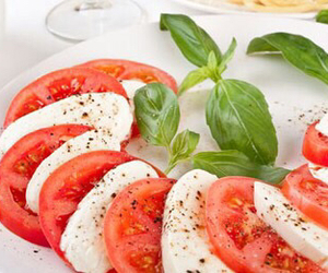 healthy and tomato image
