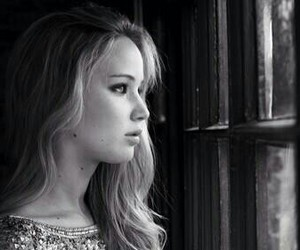 Jennifer Lawrence, the hunger games, and perfect image