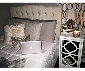 white tables, gorgeous bedrooms, and white faux rugs image