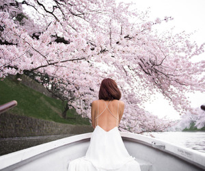 fashion, girl, and flowers image