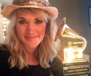 grammy, carrie underwood, and singer image