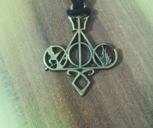 harry potter, necklace, and runs image