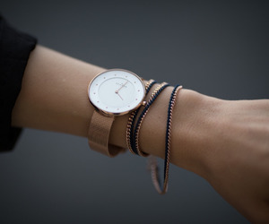 bracelets, elegant, and lady image