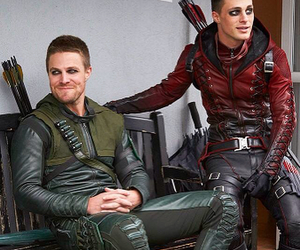 arrow, colton haynes, and Arsenal image