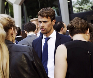 theo james, divergent, and Hugo Boss image