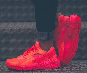 nike, red, and huarache image