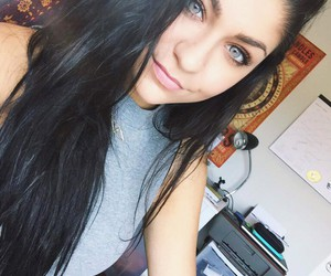 andrea russett and eyes image