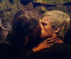 kiss, peeta, and katniss image