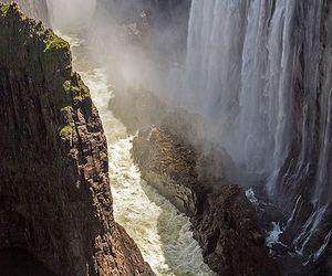 Victoria Falls, the smoke that thunders, and zambia (by bfryxell). image