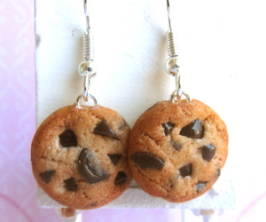 chocolate chip, Cookies, and jewelry image