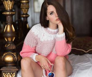 fashion magazine, pastel, and indie image