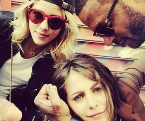 arrow, willa holland, and david ramsey image
