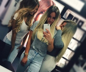 dagi bee, paola maria, and shirin david image