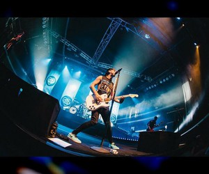 alex gaskarth, all time low, and one directon image