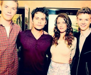 KAYA SCODELARIO, dylan o'brien, and newt image