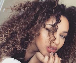 curls image