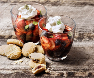 delicious, desert, and fruit image
