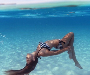 summer and sea image