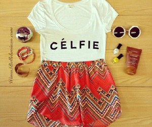 outfit and célfie image