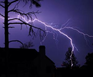 grunge, lightning, and pale image