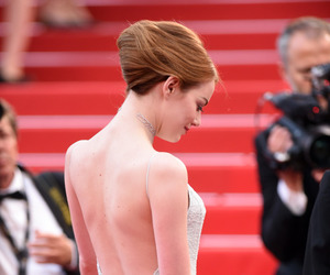 emma stone and cannes film festival image
