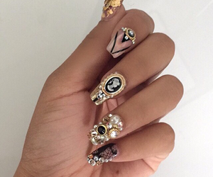 gold, nails, and pretty image