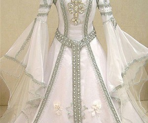 wedding, cute, and medieval dressed image