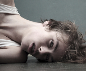 androgynous, hair, and lips image