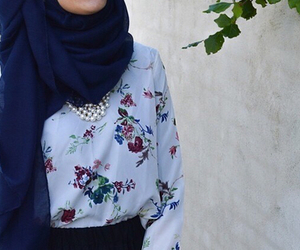 hijab, muslim, and hijab fashion image