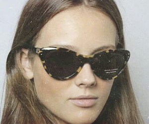 model and sunglasses image