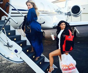 kylie jenner, khloe kardashian, and kardashian image