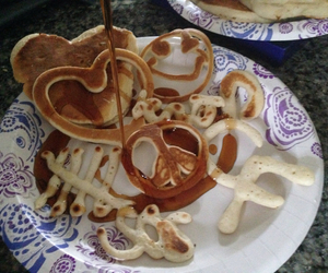 breakfast, heart, and syrup image