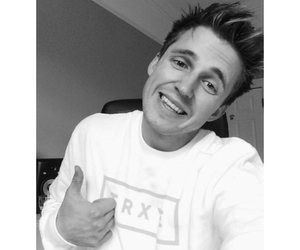 youtubers, caspar lee, and marcus butler image