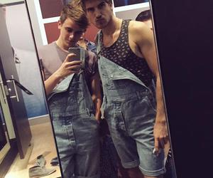 youtuber, connor franta, and goey graceffa image