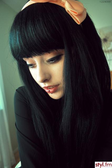 Fryzury Długie Czarne Proste Damskie Z Grzywką