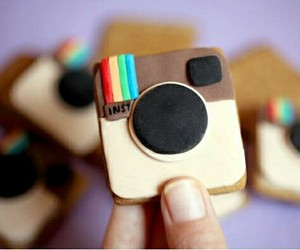 instagram and food image