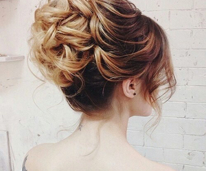 blonde and brown hair and hair-styles image