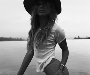 black&white, fashion, and girl image