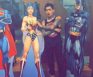 batman, bebe, and wonderwoman image