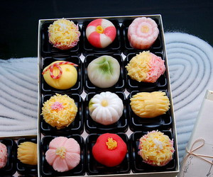 food, japan, and sweet image