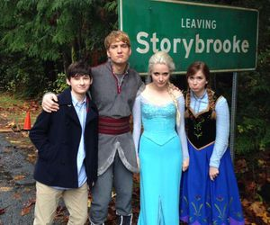once upon a time, frozen, and ouat image