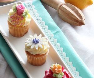 cupcakes, food, and pretty image