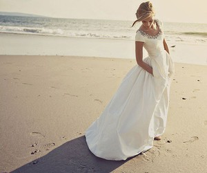 wedding, beach, and wedding dress image