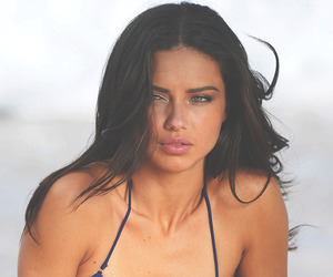 curly hair, pretty, and Adriana Lima image